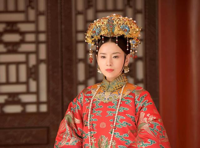 Chuyện về 2 bà cháu cùng gả cho Hoàng đế Càn Long: Người trở thành Hoàng hậu trong khi cháu gái lại cô độc cả đời ở chốn thâm cung - Ảnh 2.