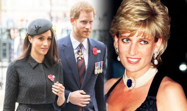 Harry gây phẫn nộ khi tiếp tục lợi dụng hình ảnh Công nương Diana, Meghan Markle bị cho là đứng sau dàn dựng tất cả - Ảnh 2.