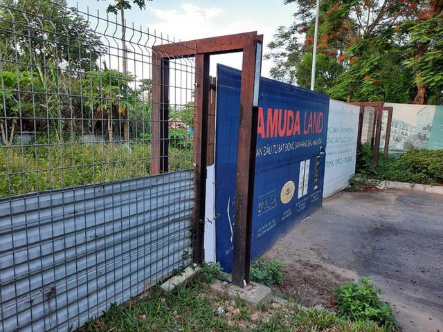 Hà Nội: Hàng trăm khách hàng căng băng rôn trước dự án cao cấp C2 Gamuda Garden, tố chủ đầu tư bất tín - Ảnh 4.