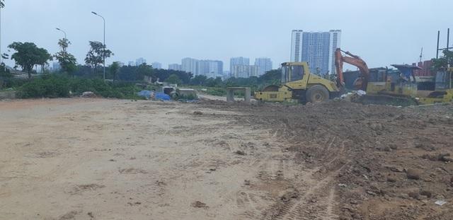 Hà Nội: Hàng trăm khách hàng căng băng rôn trước dự án cao cấp C2 Gamuda Garden, tố chủ đầu tư bất tín - Ảnh 8.