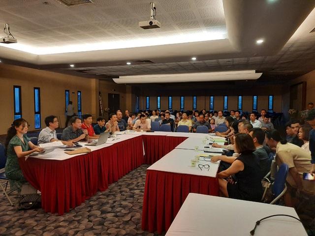 Hà Nội: Hàng trăm khách hàng căng băng rôn trước dự án cao cấp C2 Gamuda Garden, tố chủ đầu tư bất tín - Ảnh 10.