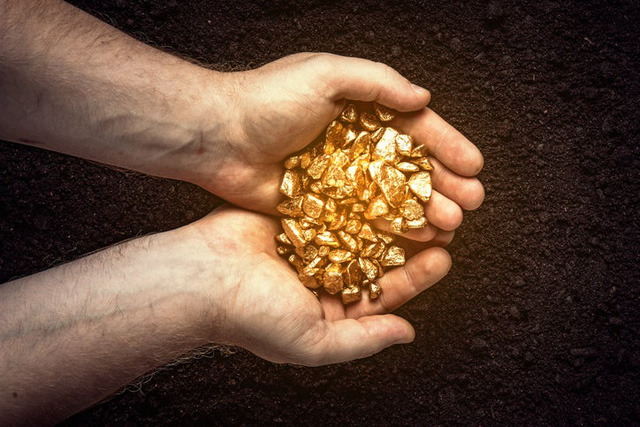 CNBC: Vàng có giá nhưng Warren Buffet chẳng thèm mua chúng, còn bạn thì sao? - Ảnh 2.