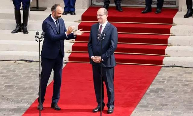 Tân Thủ tướng Pháp Jean Castex nhận chuyển giao quyền lực - Ảnh 1.