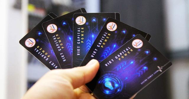 Nhiều người sập bẫy thẻ tiết kiệm điện, chuyên gia kỹ thuật lên tiếng cảnh báo: Những ai đang sử dụng nên tháo ngay - Ảnh 1.