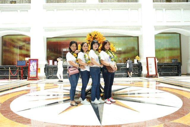Vinpearl và Vietnam Airlines chung tay tặng 5.000 kỳ nghỉ trọn gói tri ân lực lượng y tế tuyến đầu - Ảnh 1.