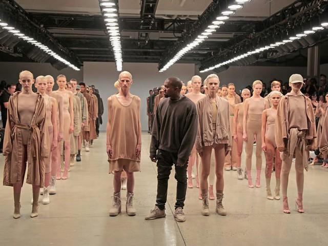 Kanye West – rapper vừa tuyên bố tranh cử tổng thống Mỹ giàu có như thế nào? - Ảnh 3.