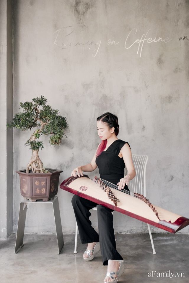 Đinh Khánh Ly: Từ một đứa trẻ trầm cảm trở thành cô giáo dạy đàn, là nhạc sĩ kiêm giám đốc thu nhập vài trăm triệu mỗi tháng tất cả đều là hành trình dài khó ai ngờ - Ảnh 3.