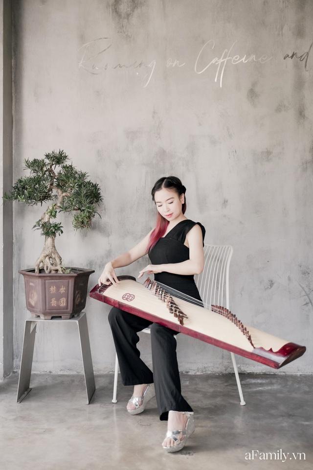 Đinh Khánh Ly: Từ một đứa trẻ trầm cảm trở thành cô giáo dạy đàn, là nhạc sĩ kiêm giám đốc thu nhập vài trăm triệu mỗi tháng tất cả đều là hành trình dài khó ai ngờ - Ảnh 4.