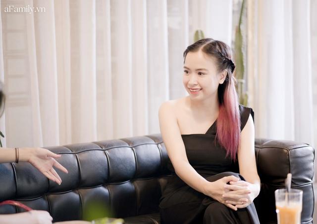 Đinh Khánh Ly: Từ một đứa trẻ trầm cảm trở thành cô giáo dạy đàn, là nhạc sĩ kiêm giám đốc thu nhập vài trăm triệu mỗi tháng tất cả đều là hành trình dài khó ai ngờ - Ảnh 7.