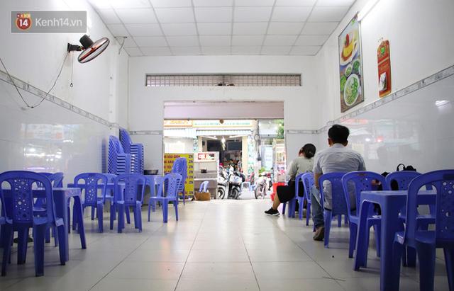 2 khu phố ẩm thực nổi tiếng ở Sài Gòn: Chỗ vắng vẻ đìu hiu, nơi tấp nập khách nhưng bán dưới 25 triệu một đêm vẫn lỗ - Ảnh 13.