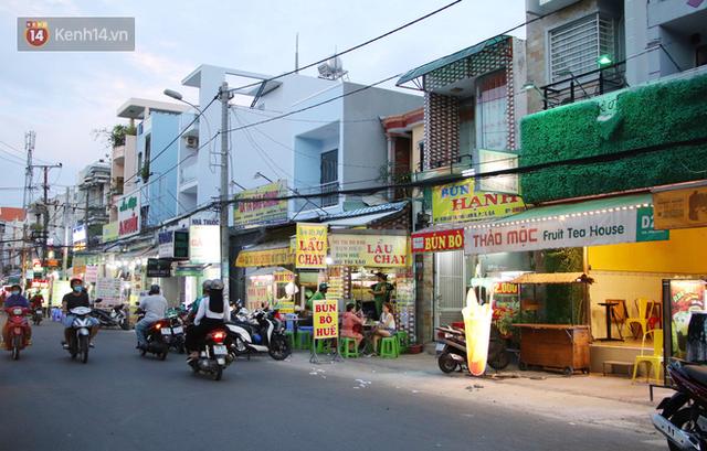 2 khu phố ẩm thực nổi tiếng ở Sài Gòn: Chỗ vắng vẻ đìu hiu, nơi tấp nập khách nhưng bán dưới 25 triệu một đêm vẫn lỗ - Ảnh 16.