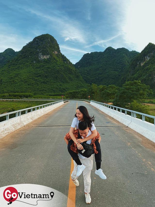 Tự nhận là travel blogger ngẫu hứng, cơ trưởng đẹp trai nhất Việt Nam Quang Đạt: Ít bãi biển nào trên thế giới sánh ngang với biển ở Cam Ranh và bờ phía Đông của Phú Quốc - Ảnh 2.