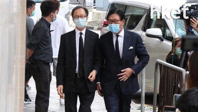 Khung cảnh tại tang lễ Vua sòng bài Macau ngày thứ 2: Người dân mang di ảnh đến viếng, quan chức cấp cao và giới doanh nhân cũng có mặt - Ảnh 18.