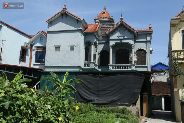Hà Nội: Nhà tầng, biệt thự mọc san sát nhau ở ngôi làng phất lên từ việc buôn thịt lợn - Ảnh 10.