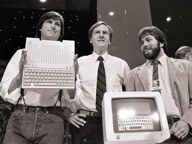 (bài CN) Trong bữa tiệc sinh nhật tuổi 30, Steve Jobs đã tiên đoán về cuộc đời mình ra sao? - Ảnh 1.