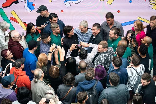 Apple của Tim Cook - Biến tác phẩm của Steve Jobs trở thành công ty nghìn tỷ USD, kinh doanh giỏi nhất thế giới bằng một phong cách lãnh đạo khác biệt hoàn toàn - Ảnh 5.