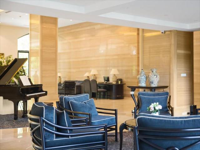 """Mùa Covid-19 tranh thủ rủ gia đình """"staycation"""" tại các khách sạn sang chảnh Hà Nội: Xếp hạng toàn 4,5 sao nhưng giá chỉ trên dưới 1 triệu đồng/đêm - Ảnh 10."""
