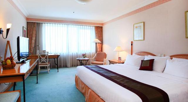 """Mùa Covid-19 tranh thủ rủ gia đình """"staycation"""" tại các khách sạn sang chảnh Hà Nội: Xếp hạng toàn 4,5 sao nhưng giá chỉ trên dưới 1 triệu đồng/đêm - Ảnh 13."""