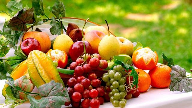 Vừa ăn 2 quả táo đã no, người đàn ông ngộ ra 1 sai lầm lớn mà bản thân và rất nhiều người đang mắc phải - Ảnh 1.
