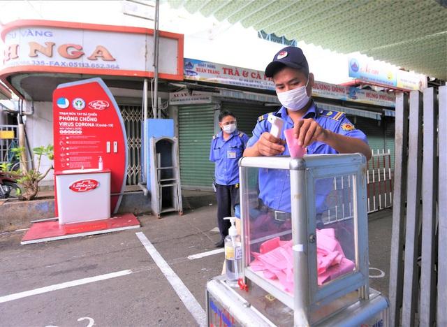 Ảnh: Ngày đầu người dân Đà Nẵng thực hiện đi chợ bằng phiếu ngày chẵn lẻ - Ảnh 21.