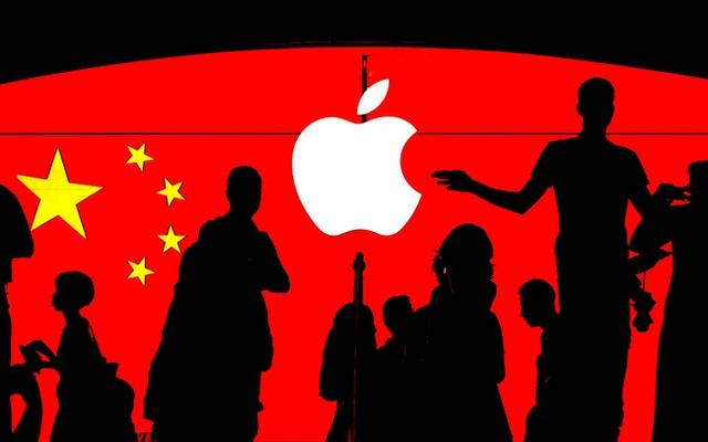 Ông Trump cấm cửa WeChat, miếng bánh 44 tỷ USD của Apple bị đe dọa - Ảnh 1.