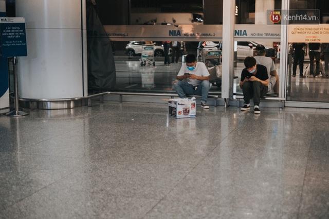 Hành trình tạm biệt quê hương của những du học sinh Việt: Chúng mình phải trở lại Ý dù thật lòng chưa muốn đi - Ảnh 3.