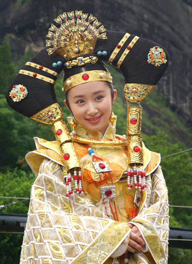 Nguyên mẫu lịch sử của Công chúa Kiến Ninh trong Lộc Đỉnh Ký: Là cô ruột của Hoàng đế Khang Hi, mất chồng mất con và bị giam lỏng đến chết - Ảnh 3.