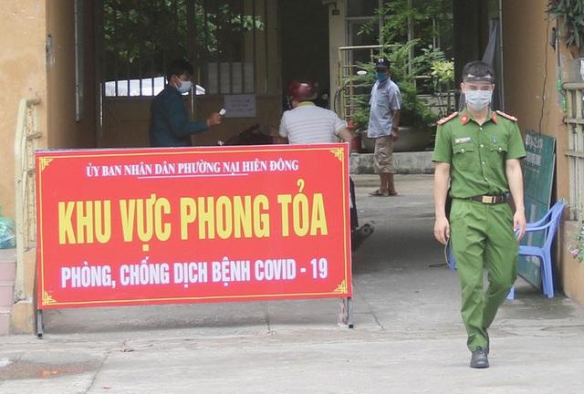 Đà Nẵng tiếp tục cách ly hàng loạt tổ dân phố, khu dân cư - Ảnh 1.