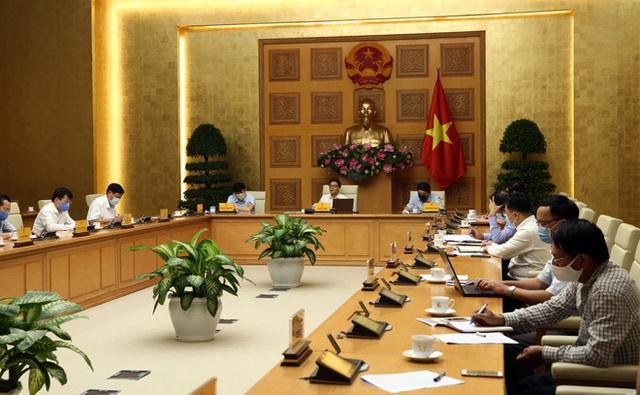 Quyền Bộ trưởng Y tế: Hà Nội, Hải Dương có thể ghi nhận ca nhiễm Covid-19 mới - Ảnh 1.