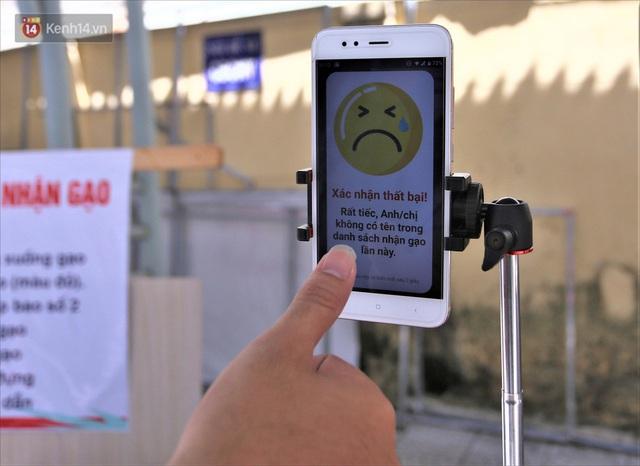 ATM gạo ứng dụng trí tuệ nhân tạo tại Đà Nẵng: Gọi điện hẹn trước 30 phút, nhận diện đúng người nghèo mới nhả gạo - Ảnh 14.