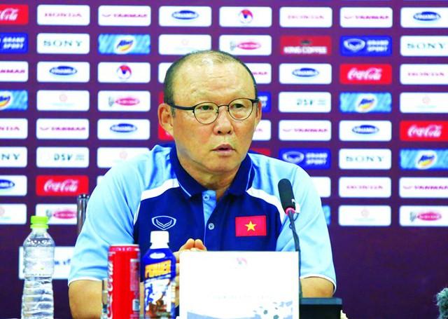 HLV Park Hang Seo: Việt Nam nên dồn sức cho Vòng loại World Cup - Ảnh 1.