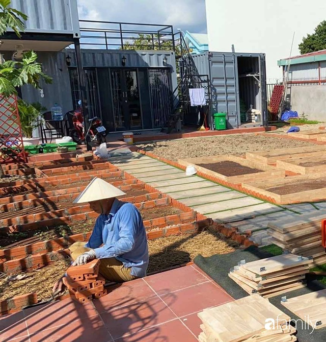 Con gái chi 500 triệu đồng xây nhà vườn container để bố về hưu thỏa mãn đam mê trồng rau ở Sài Gòn - Ảnh 23.