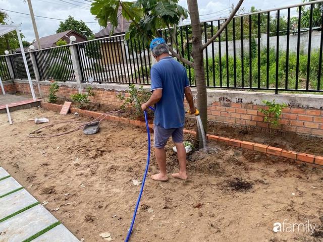 Con gái chi 500 triệu đồng xây nhà vườn container để bố về hưu thỏa mãn đam mê trồng rau ở Sài Gòn - Ảnh 25.