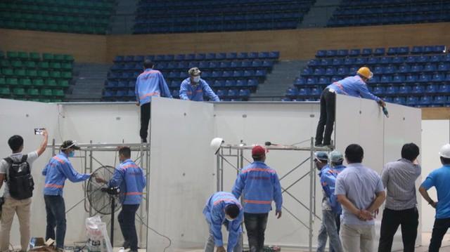 4 ngày 'biến' Cung thể thao rộng 94 nghìn m2 thành bệnh viện dã chiến  - Ảnh 2.