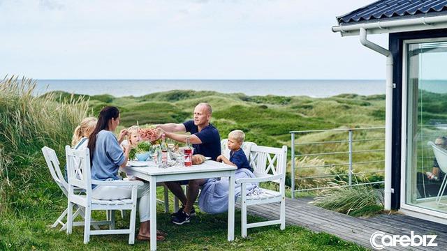 Bí quyết sống hạnh phúc của người Bắc Âu: Coi trọng PHẨM CHẤT chứ không phải VẬT CHẤT, tiết kiệm, sống đơn giản, yêu gia đình  - Ảnh 3.
