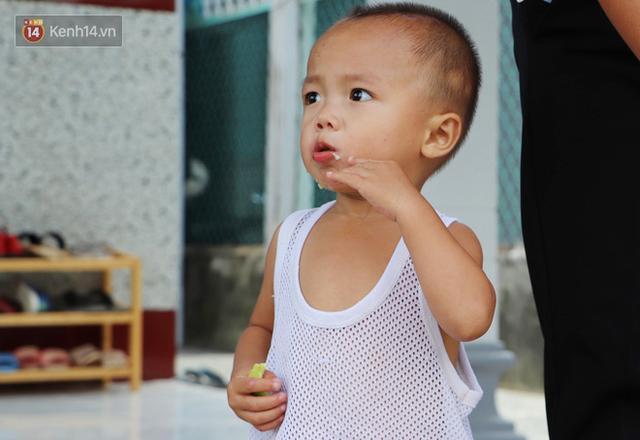 Người mẹ khờ ở Trà Vinh đã triệt sản sau khi hạ sinh bé trai nặng 2.8kg, được mạnh thường quân tặng nhà mới - Ảnh 11.