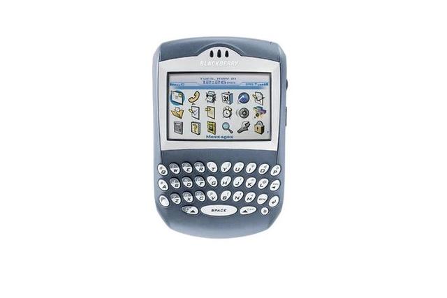 Cùng nhìn lại những chiếc điện thoại BlackBerry tốt nhất đã thay đổi cả thế giới - Ảnh 5.