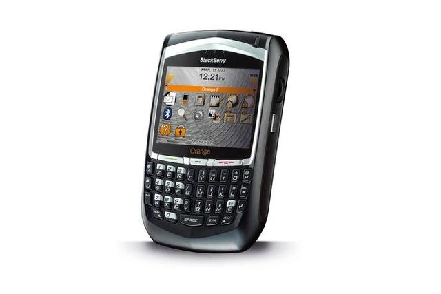 Cùng nhìn lại những chiếc điện thoại BlackBerry tốt nhất đã thay đổi cả thế giới - Ảnh 7.