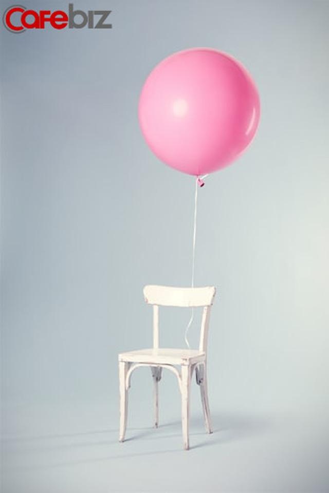 Phàm là người thông suốt, càng sớm hiểu ra rằng: Càng hiểu biết, sống càng giản đơn - Ảnh 3.