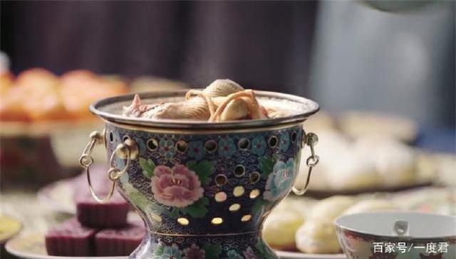 Vì sao cung nữ, thái giám trong Tử Cấm Thành không dám ăn đồ ăn thừa của Hoàng đế? - Ảnh 3.