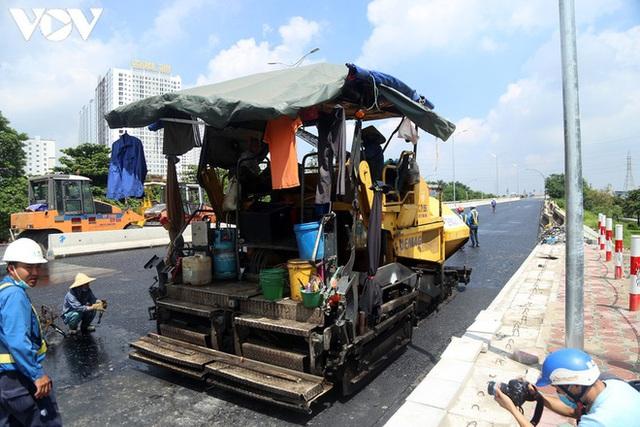 Toàn cảnh đại công trường sửa chữa cầu Thăng Long, Hà Nội - Ảnh 17.