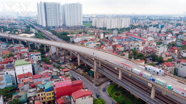 Toàn cảnh đại công trường sửa chữa cầu Thăng Long, Hà Nội - Ảnh 8.