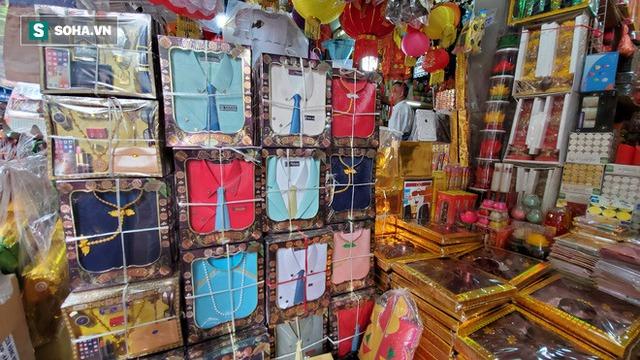 Cảnh tượng chưa từng thấy ở chợ cõi âm nổi tiếng Hà Nội - Ảnh 12.