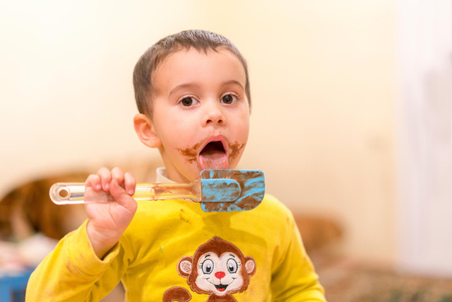 Cảnh báo: Nho khô có thể gây hại cho trẻ em giống như Chocolate - Ảnh 1.