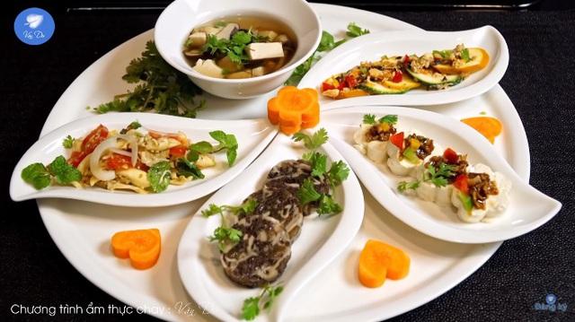 Bất ngờ với danh sách món ăn chay từ kênh ẩm thực của nghệ nhân Nguyễn Dzoãn Cẩm Vân, mùa Vu Lan báo hiếu này nhờ đó mà trở nên nhẹ nhàng, tinh tế hơn rất nhiều - Ảnh 7.