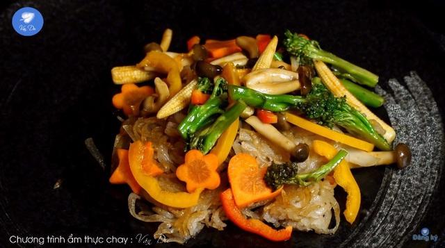 Bất ngờ với danh sách món ăn chay từ kênh ẩm thực của nghệ nhân Nguyễn Dzoãn Cẩm Vân, mùa Vu Lan báo hiếu này nhờ đó mà trở nên nhẹ nhàng, tinh tế hơn rất nhiều - Ảnh 8.