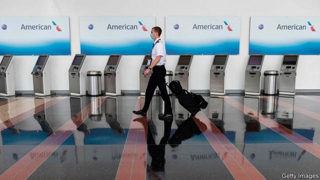 Tổ hợp ngành công nghiệp hàng không trị giá hàng nghìn tỷ USD gục ngã vì Covid-19: Hãng bay không có khách, phòng vé ngồi chơi, sân bay vắng lặng, nhà sản xuất máy bay ế ẩm - Ảnh 1.