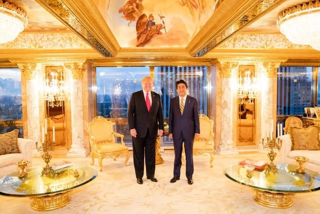 Ngắm căn Penthouse trăm triệu USD của TT Donald Trump: Dát vàng 24K mọi nơi, chi phí bảo an tốn cả triệu USD mỗi ngày - Ảnh 2.