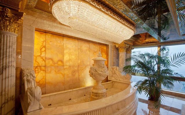 Ngắm căn Penthouse trăm triệu USD của TT Donald Trump: Dát vàng 24K mọi nơi, chi phí bảo an tốn cả triệu USD mỗi ngày - Ảnh 12.