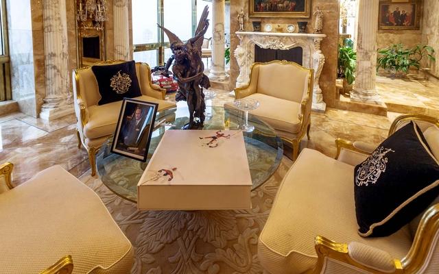 Ngắm căn Penthouse trăm triệu USD của TT Donald Trump: Dát vàng 24K mọi nơi, chi phí bảo an tốn cả triệu USD mỗi ngày - Ảnh 10.